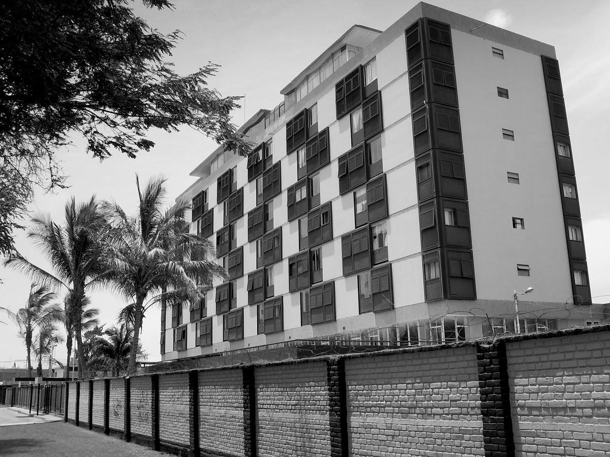 Residencial de la fap for Arquitectura moderna