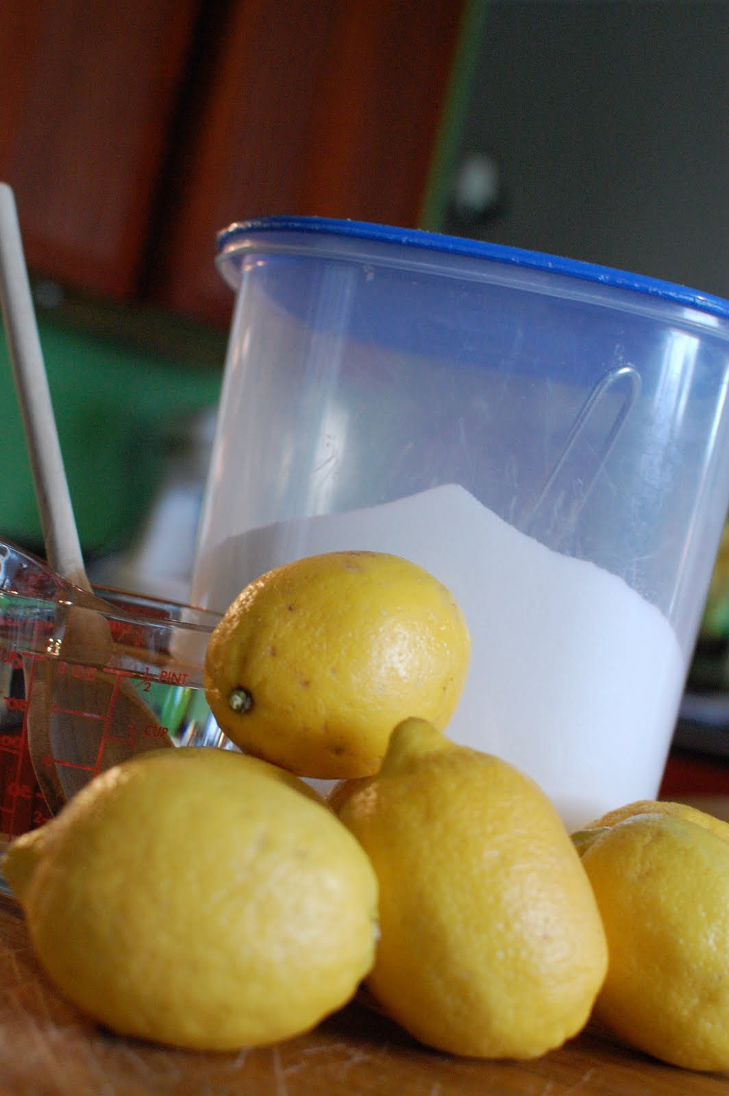 Random Thoughts of a SUPERMOM!*: The Best Lemonade Ever!