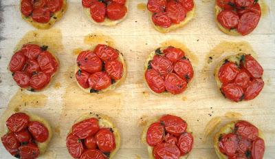 Tart tartin is an upside down, french tart, this way of preparing ...