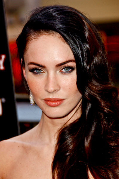 megan fox transformers wallpaper hd. pictures megan fox
