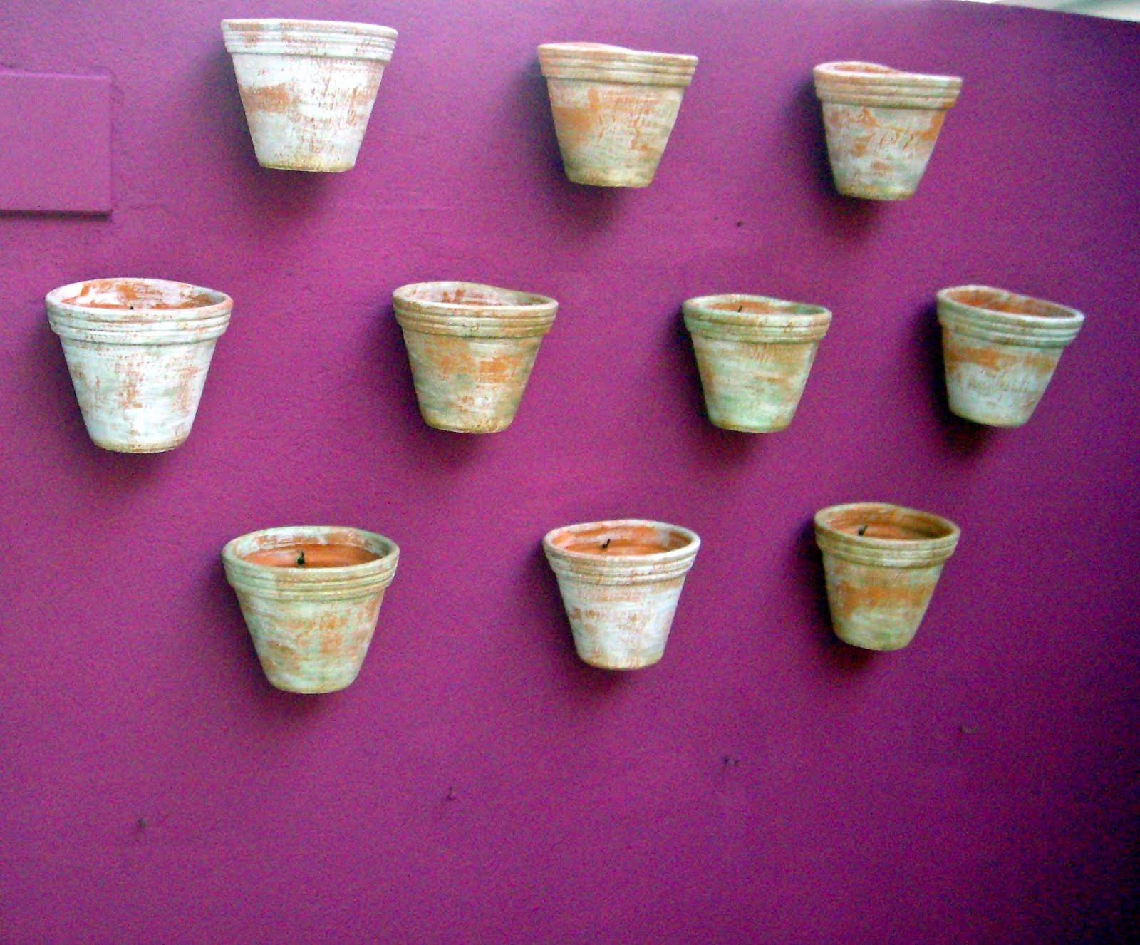 mini jardim de parede:que tal usar canecas no lugar de vasos?
