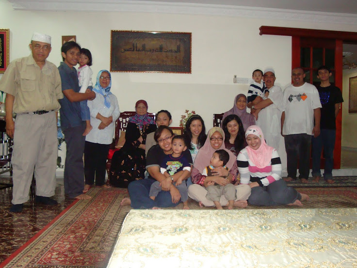 Mejar (B) Hj Yaakub & Family