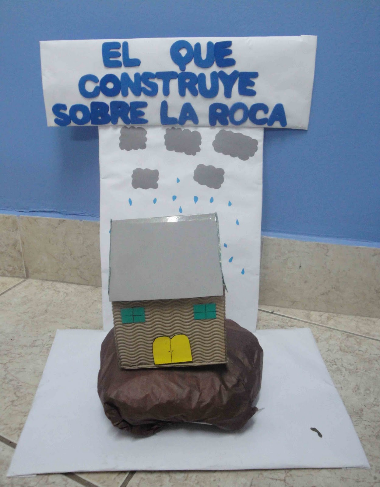 Noviembre 2010 escuelita biblica infantil for Casa la roca