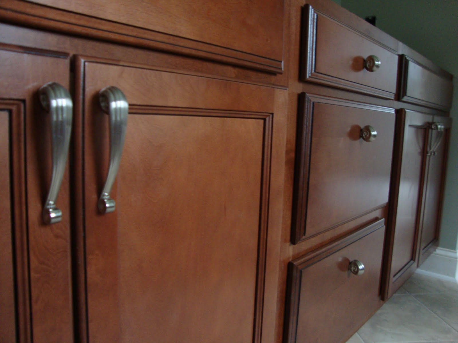 Bathroom cabinet hardware