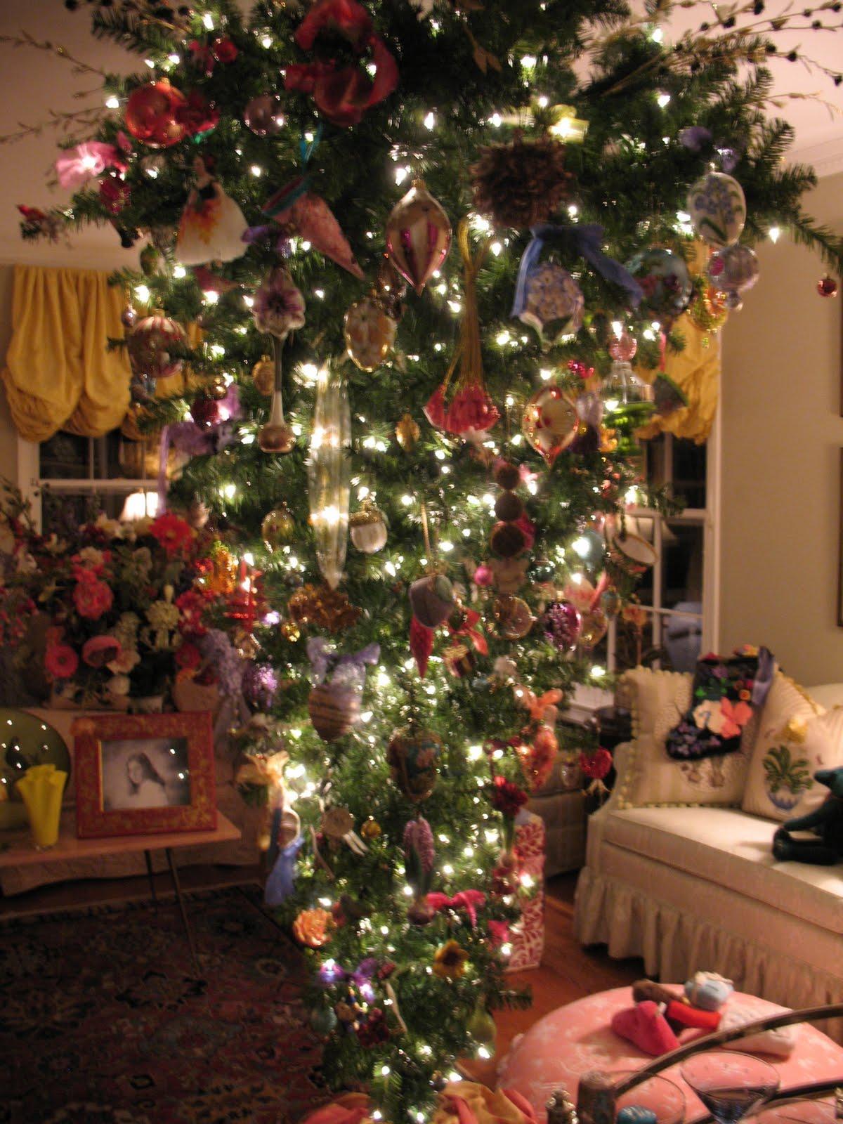 Chinoiserie Chic My Upside Down Christmas Tree