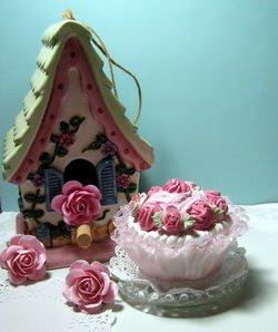~Faux Cupcake ~