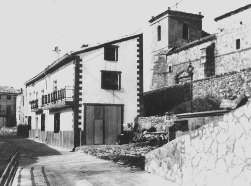 Guadalajara plaza mayor adobes - Casas de pueblo en guadalajara ...