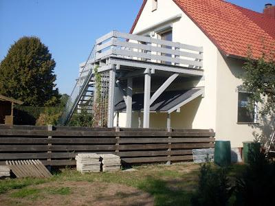 Gartenarbeit ideen: beispiel einer schönen terrassenüberdachung ...