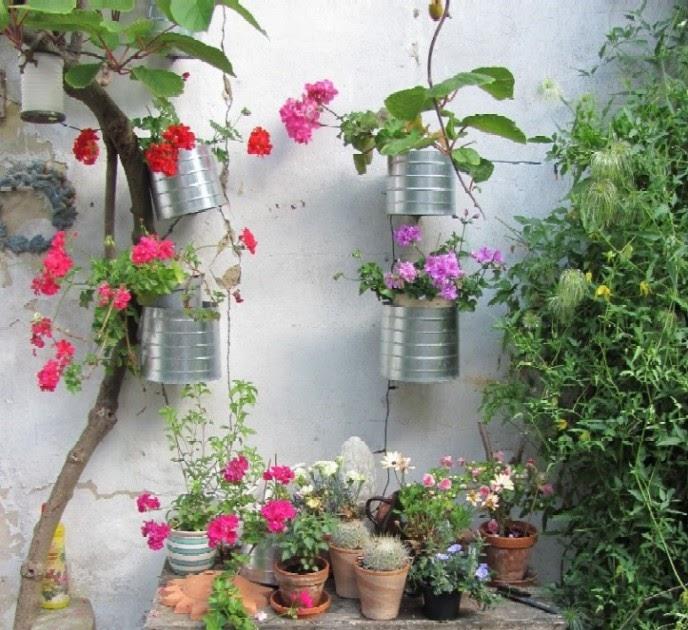 Inspirationen Dekoration Für Den Garten: Garten-anders: Ein Blumentisch Für Den Garten