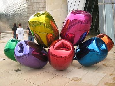 Size Pieces of Balloon Art