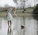 мяч в речке