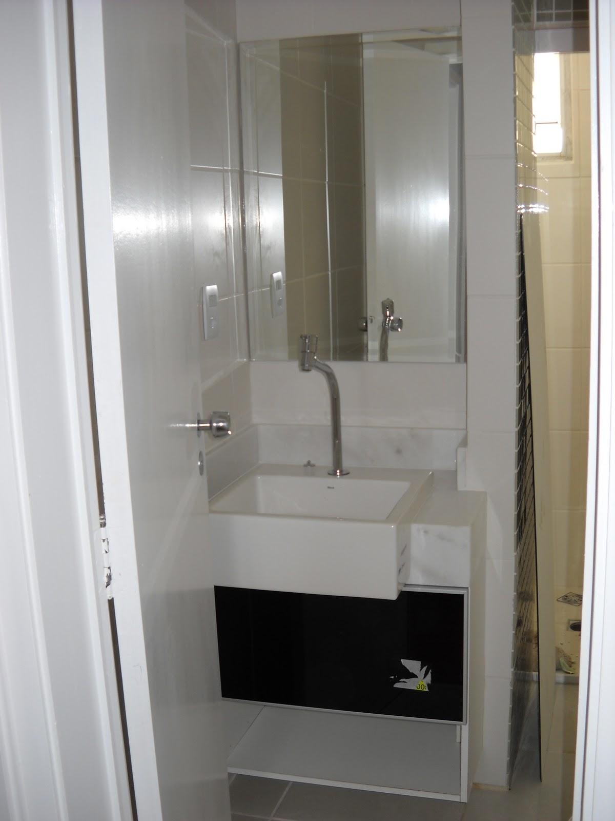 Imagens de #826F49 segunda feira 4 de outubro de 2010 1200x1600 px 3250 Box Acrilico Para Banheiro Feira De Santana