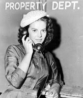 Hi. I'm Natalie Wood. And this is, apparently, only a prop phone.