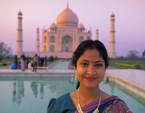 [India - Taj Mahal w.young girlGerald Brimacombe]