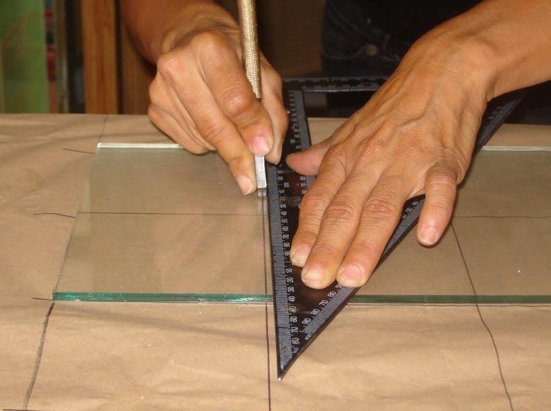 Cortar vidrio construccion y manualidades hazlo tu mismo for Cortar cristal para gatera