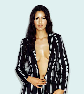pictures%20of%20katrina%20kaif%20in%20bathroom%20without%20clothes