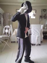Tobias alias Michael Jackson