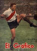 Alfredo Di Stefano con la camiseta de River Plate en El Grafico