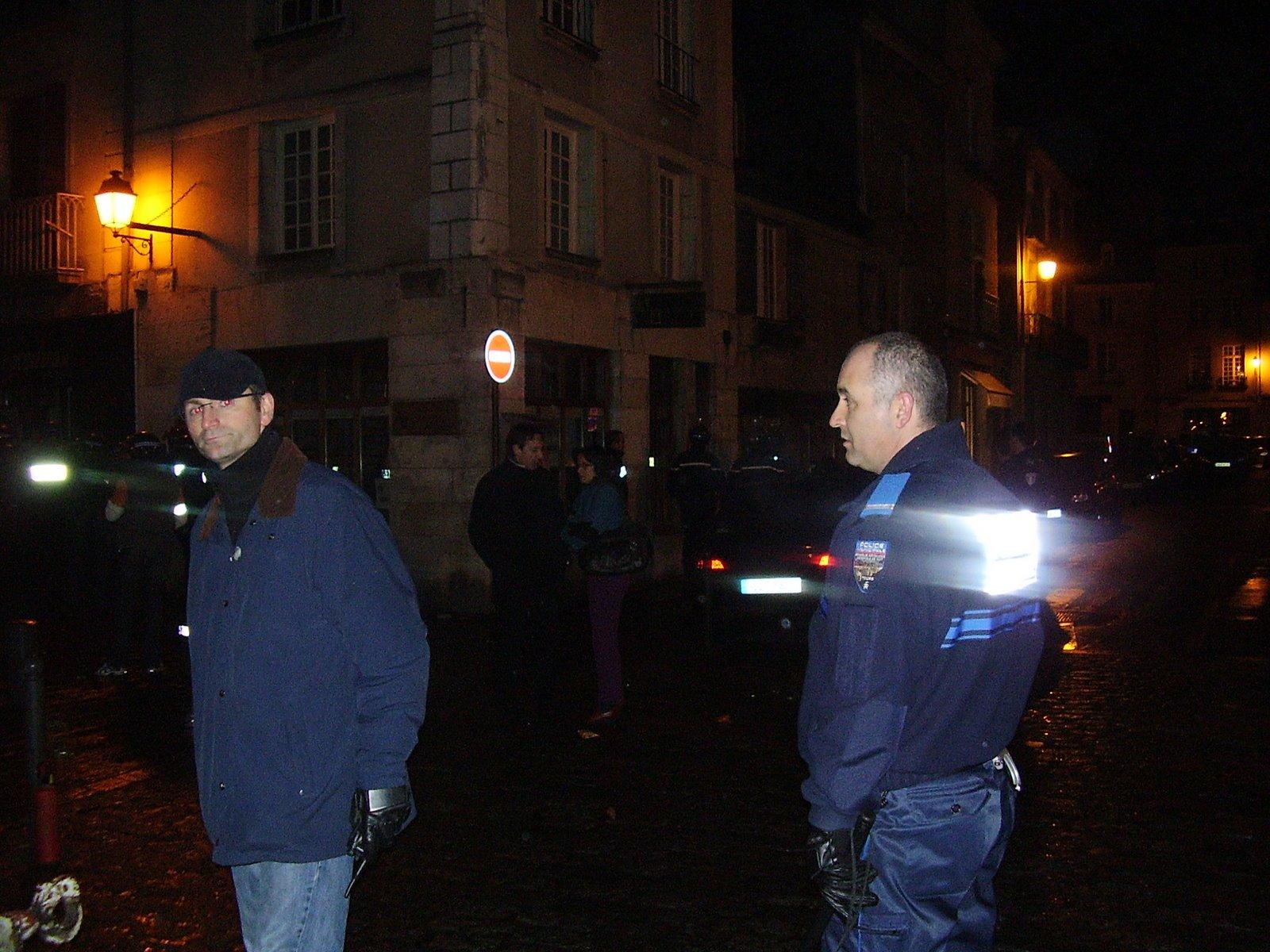 [30/04/10] Apéro géant à Bourges Greve%2B054