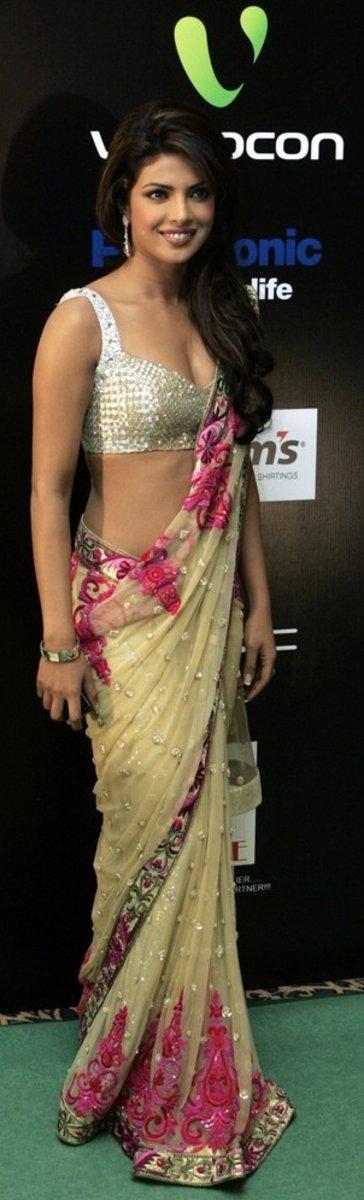indian girl in sari  armpit