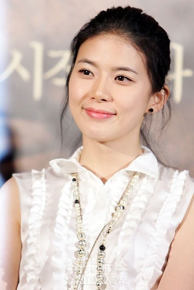 Lee Bo Young - Actress Wallpapers