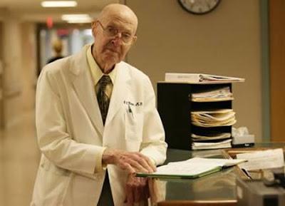 doctor mas viejo del mundo