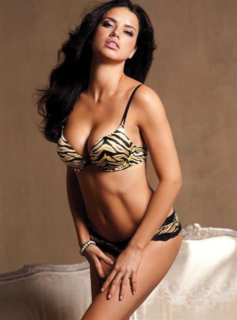 adriana lima 2011 photoshoot. Adriana Lima hot Victoria#39;s