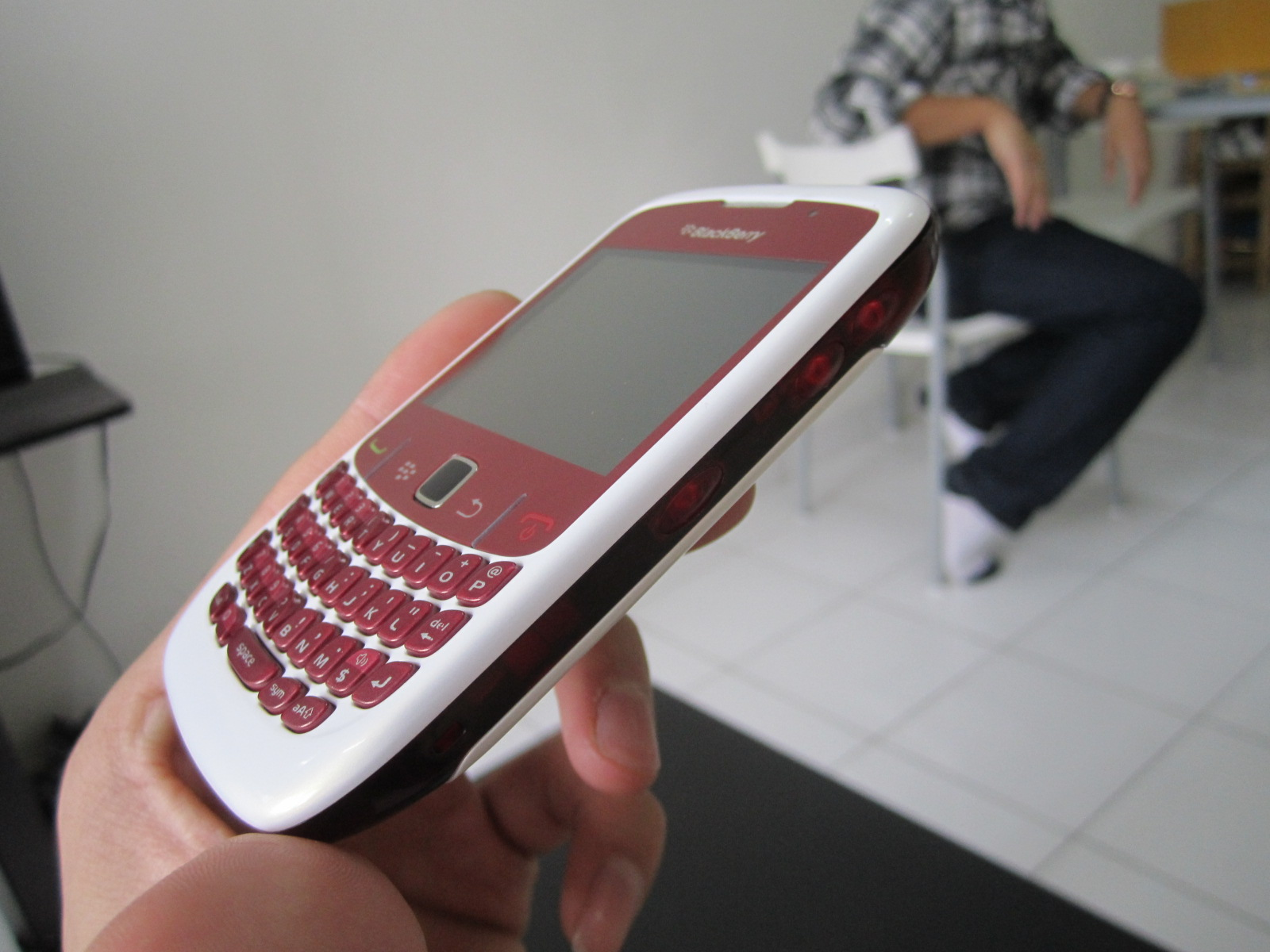 blackberry curve 8900 red javelin leather folio case | Wallpaper ...