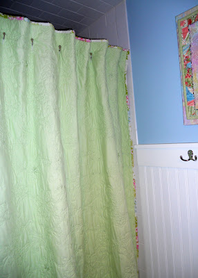 A Ditchin' Time Quilts: Quilted Shower Curtain