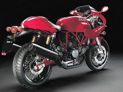 New 2012 Car Review  Ducati Sportclassic 1000 S Features