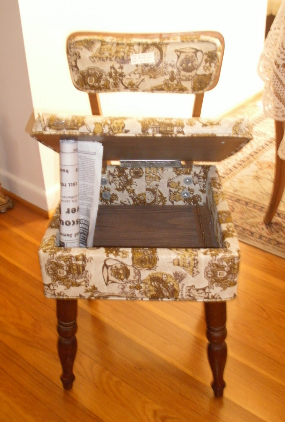 Sewing Chair With Storage Under The Seat 60 Booth 215