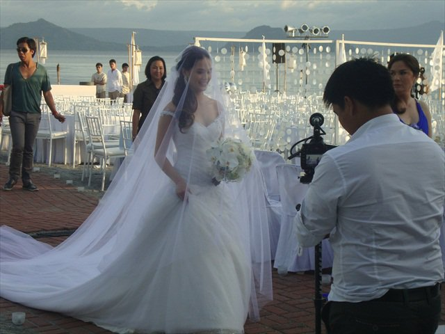 Showbiznest: Kristine Hermosa - Oyo Boy Sotto Wedding Pictures