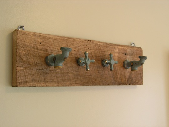 decorar cozinha velha:Achou difícil as opções acima? Então pega aquela colher de pau