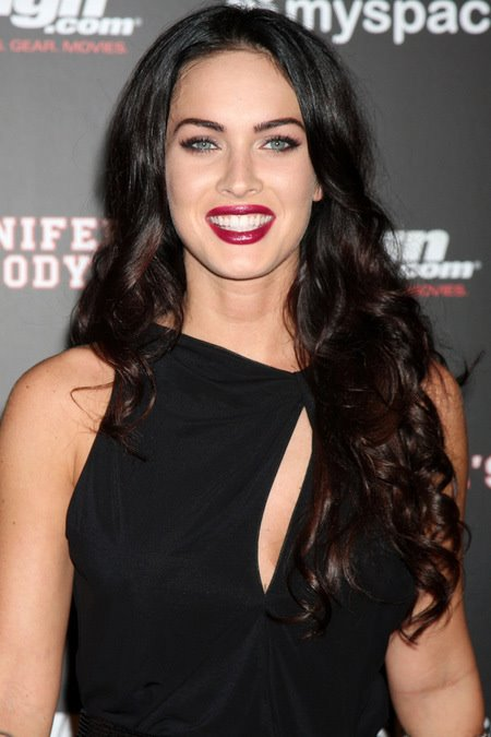 [gallery_main-0724_megan_fox_comiccon_01.jpg]