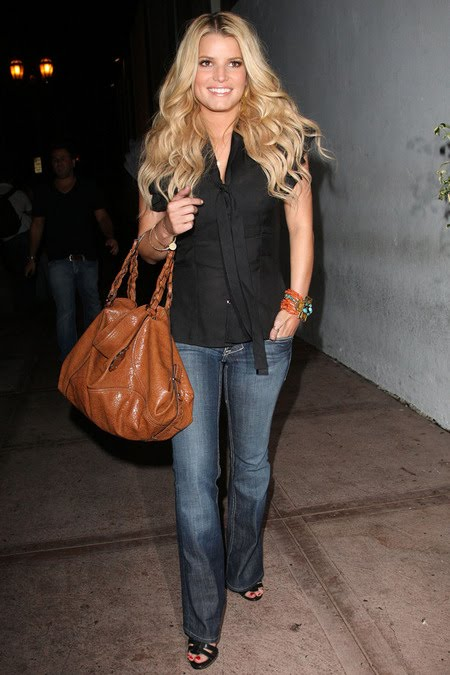 [gallery_main-0909_jessica_simpson_04.jpg]