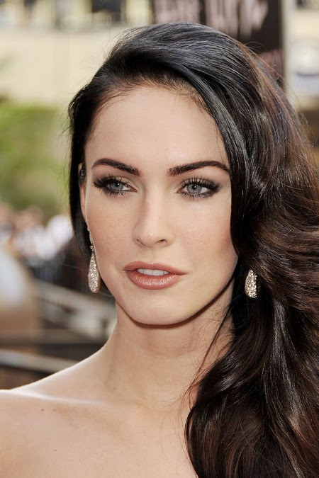 [gallery_main-0918_megan_fox_bald_10.jpg]
