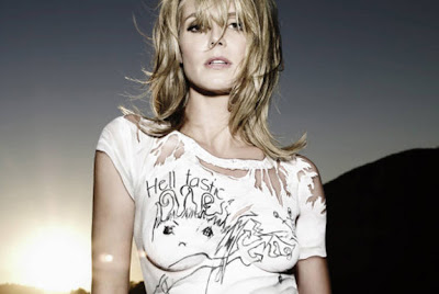 Celebrities Body Paint - Heidi Klum in Paint 4