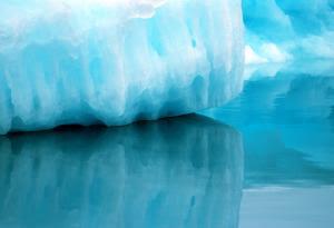 melting Greenlands Glacier