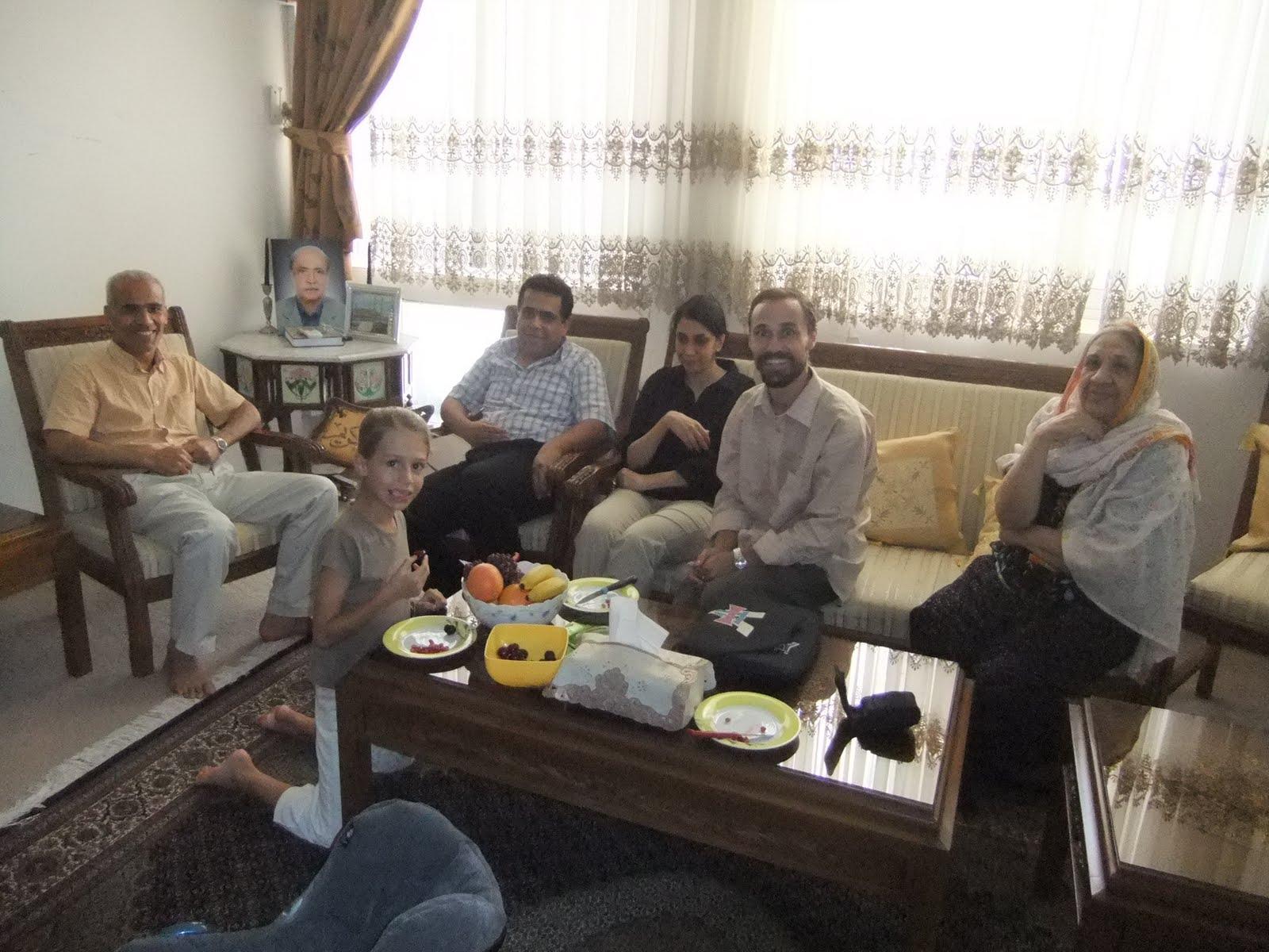 Le tour du monde d 39 antoine et morgane iran bandar abbas for Cash piscine saulce