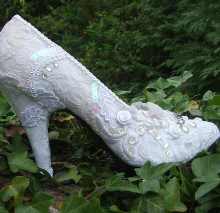 a great selection of wedding shoes with lace and assorted other bling