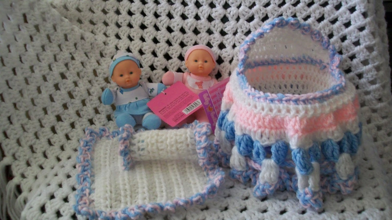 My Crocheted and Knitted Items: Another Cradle Purse