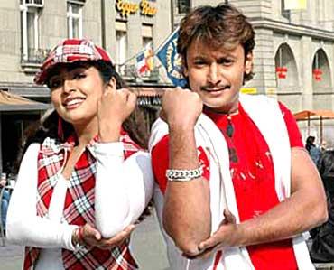 challenging star darshan gaja darshan and navya nair