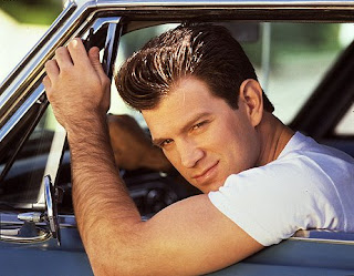 Chris Isaak - Ladies' Hearthrob