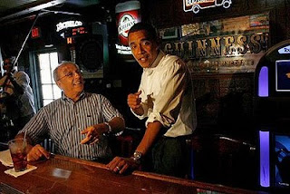 Obama schmoozes