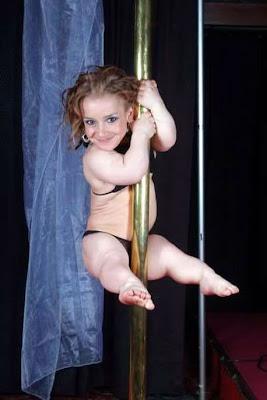 midget porn friend midget stripper