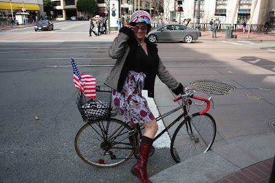 The same day I saw Cheryl with the stars and stripes waving from her bike Spud of the Twins Brothers coincidentally saw me on Market Street during his ... : saw costume with bike  - Germanpascual.Com