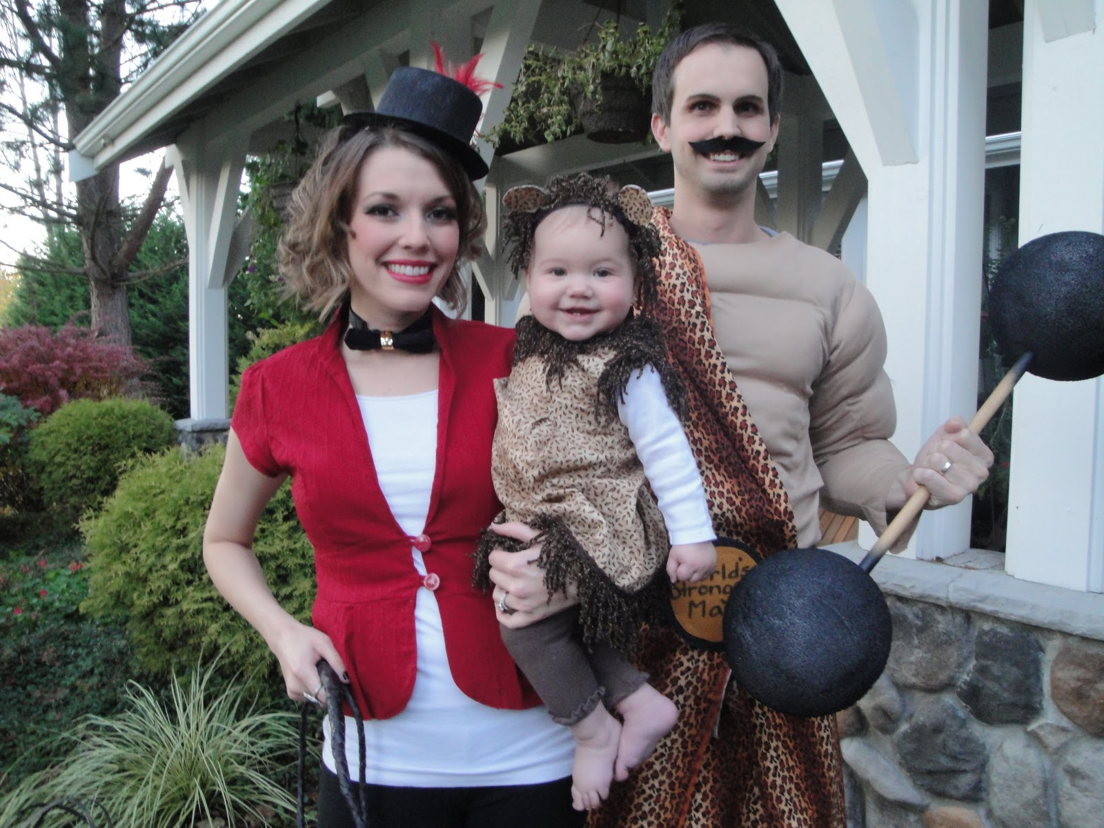 We decided that for Reeseu0027s first Halloween we wanted to have a theme to our costumes. We had several ideas but decided to be a circus family- The ...  sc 1 st  Spence Amy and Reese & Spence Amy and Reese: Circus Freaks