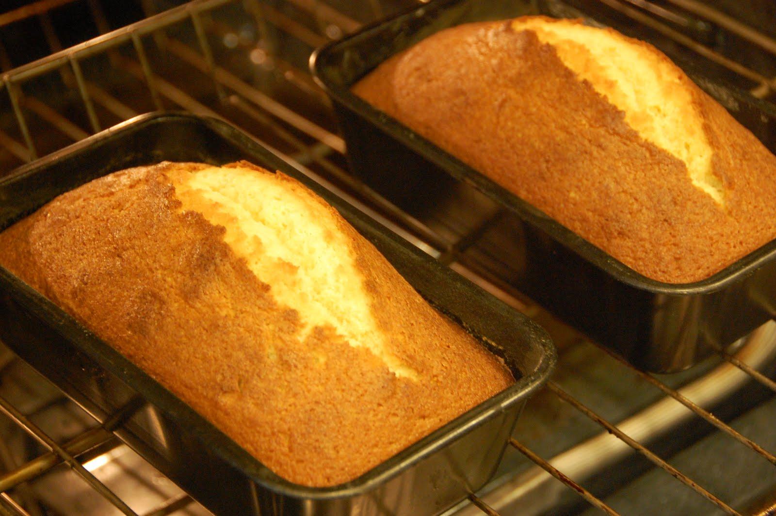 ... Oven: Adventures in Mika's Kitchen: Super Secret Pound Cake Recipe
