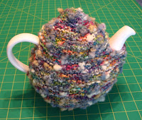 Tea cozy for large teapot
