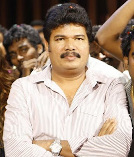 Shankar signs '3 Idiots' Tamil and Telugu remake